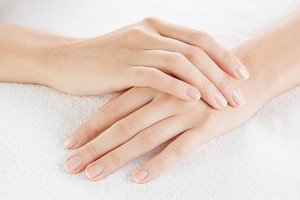 Trẻ hóa da xóa nhăn bàn tay – Cho vẻ đẹp mê say